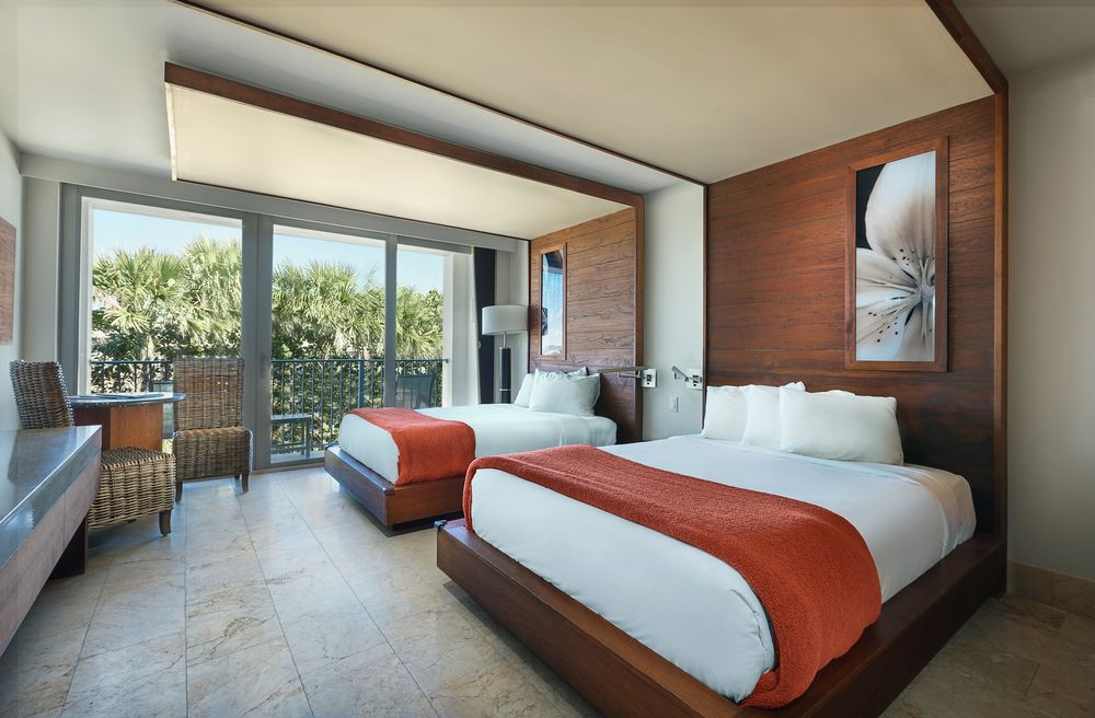 Costa d'Este Resort & Spa Room | Photo courtesy of Benchmark, a Global Hospitality Company