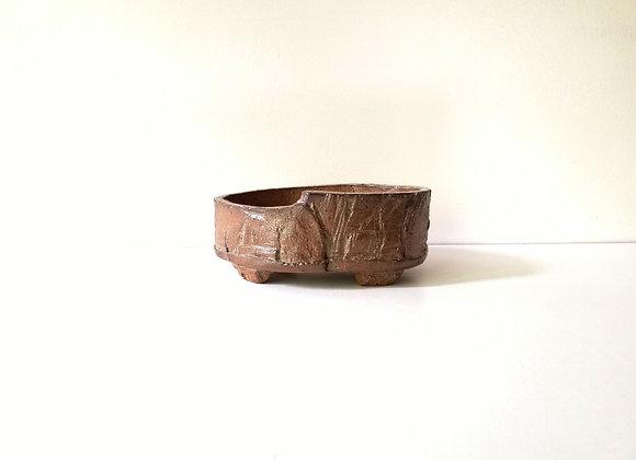 Handbuilt oval #50, 13.5 x 10 x 5cm (by Sue McFarland)