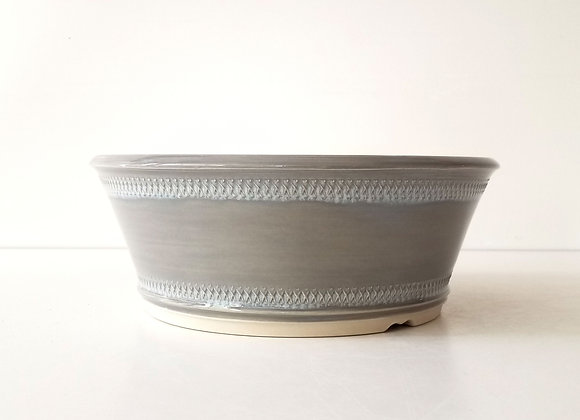 Round container #72, 23 x 9cm (by Tracey Francis)