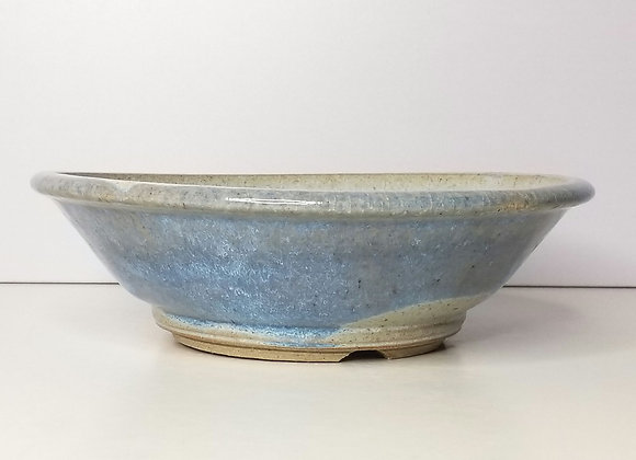 Round container #369, 22.5 x 7cm, (by Sue McFarland)