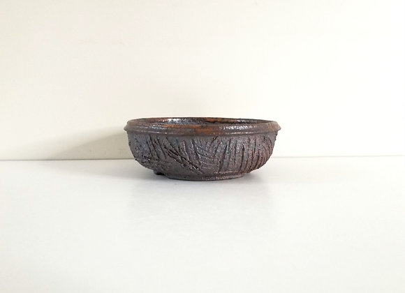 Round Container #243,  18 x 6cm (by Tracey Francis)