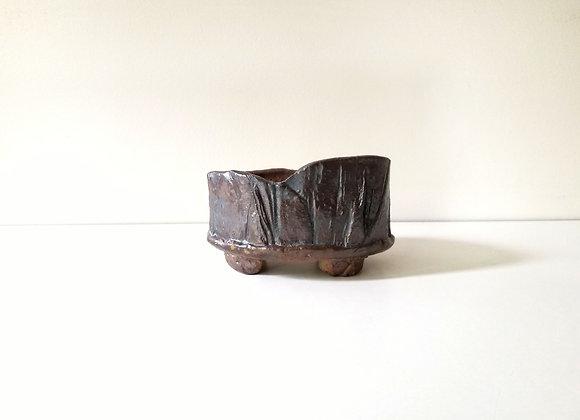 Handbuilt oval #51, 10.5 x 7.5 x 5.5cm (by Sue McFarland)