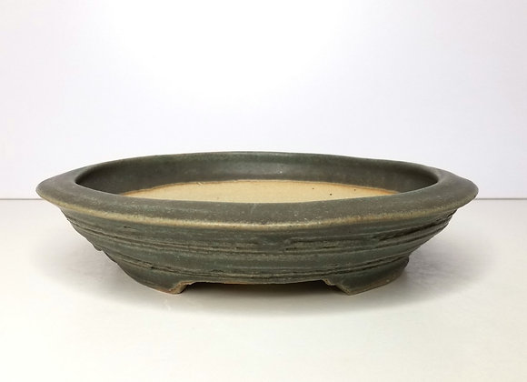Round container #381, 25.5 x 5.8cm, (by Sue McFarland)