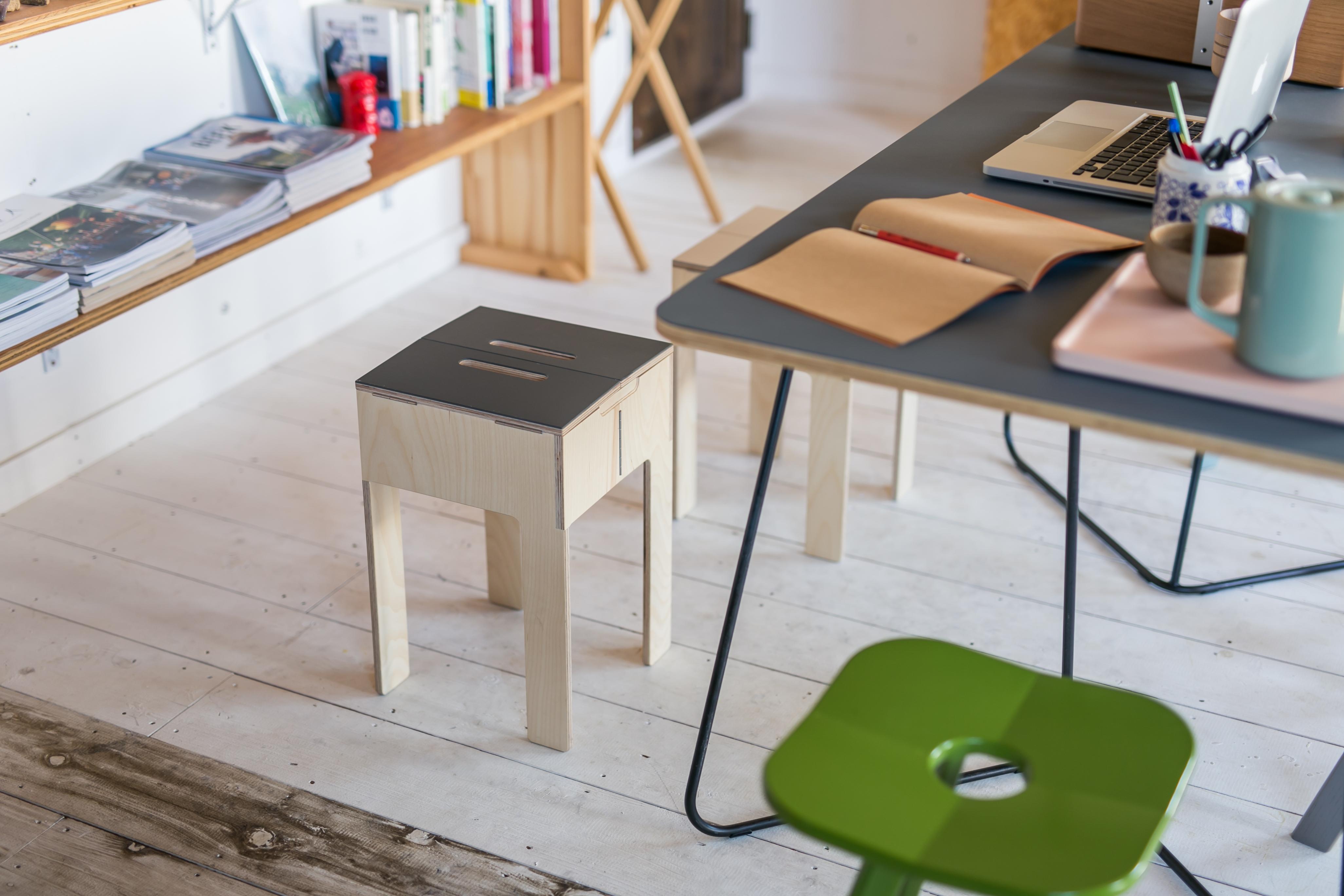 PATTAN-stool