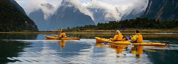 kayak-milford-sound-1024x368.jpg