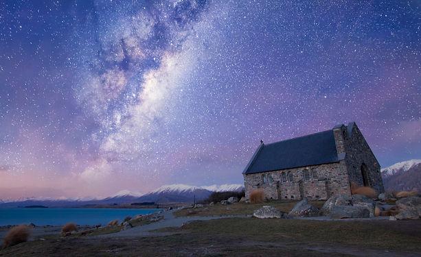 church-of-good-shepherd-lake-tekapo-new-