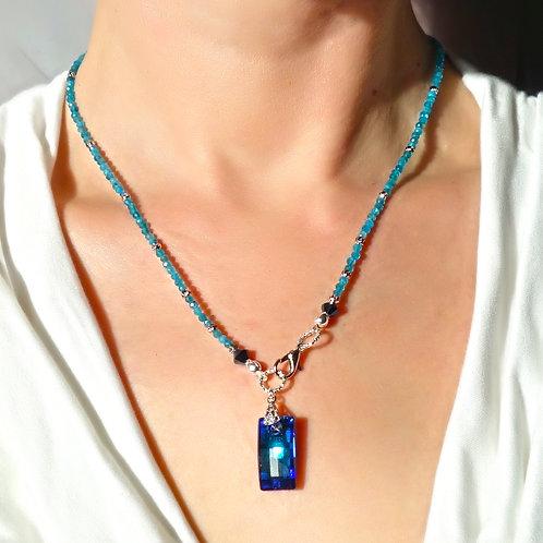 Ожерелье апатит с подвеской Swarovski