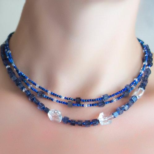 Ожерелье иолит, лазурит, горный хрусталь, Swarovski