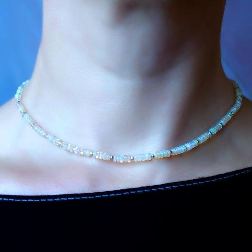 Ожерелье опал