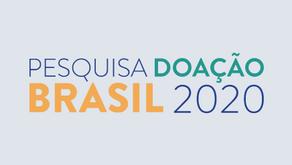 Pandemia reduz doação dos brasileiros, mas leva classes mais altas a bater recorde de engajamento