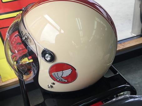 カブ60TH ヘルメット