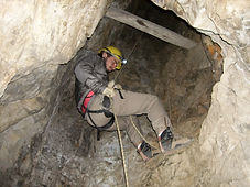 Minas de Paramillos - rappel en la mina