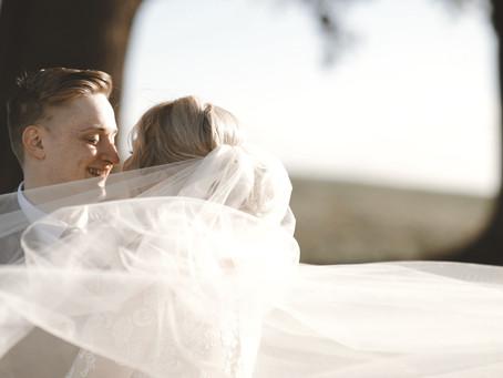 Zoe and Jame's stunning winter wedding film