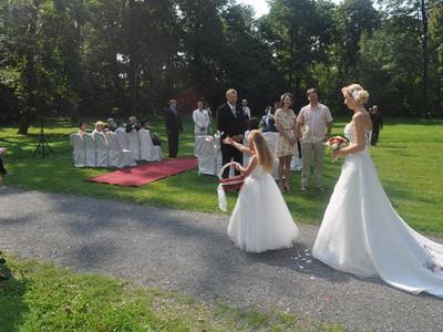 příchod nevěsty