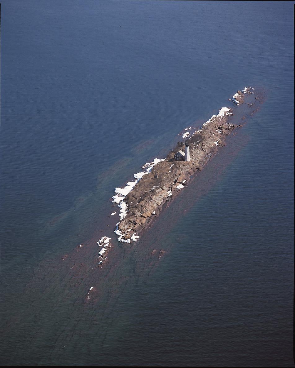 Isle Royal Lighthouse (Menagerie Island) Lighthouse