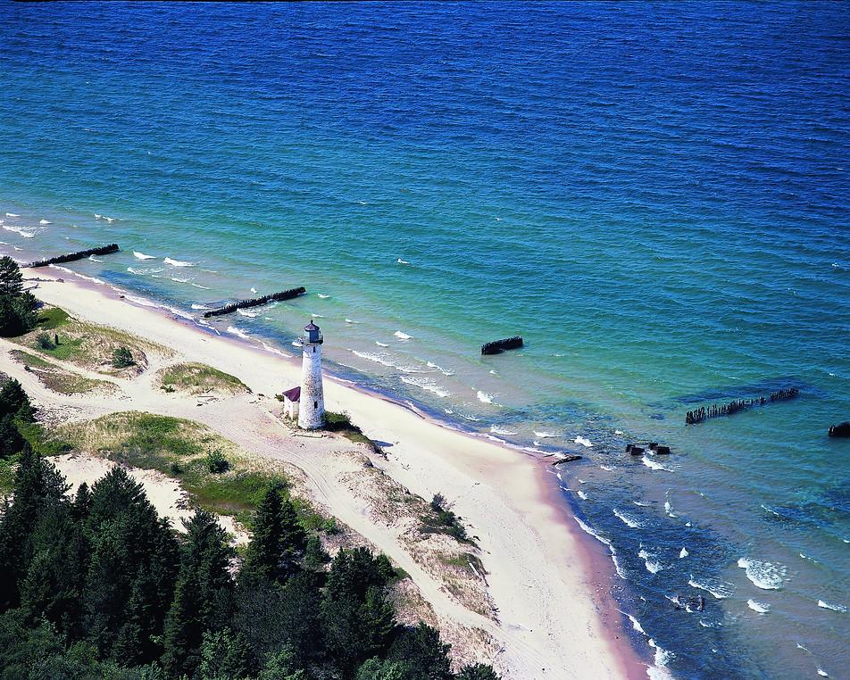 Crisp's Point Lighthouse