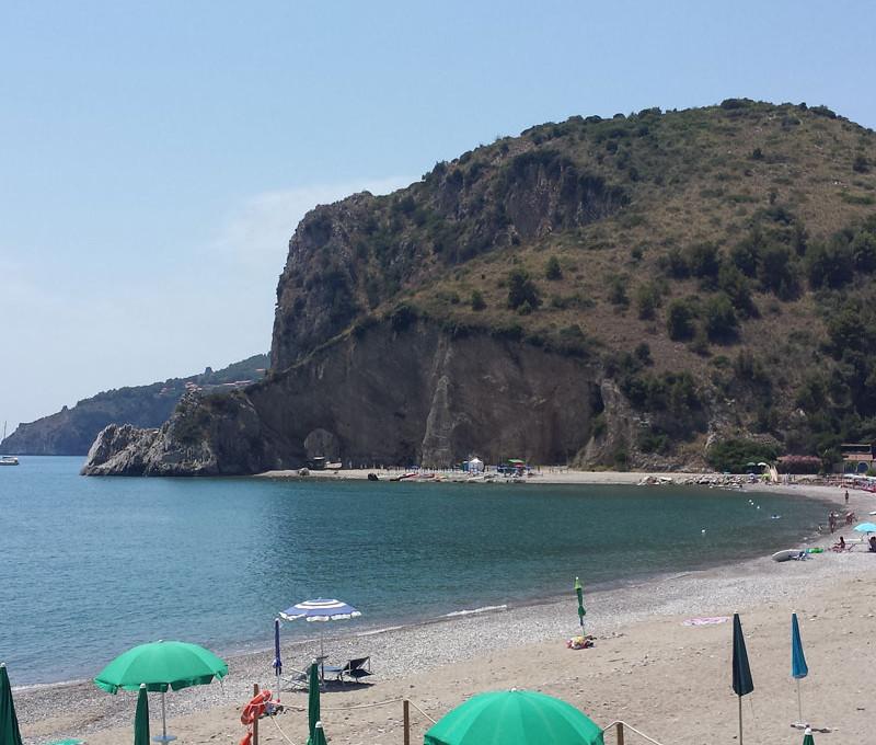 Beach-club05.jpg