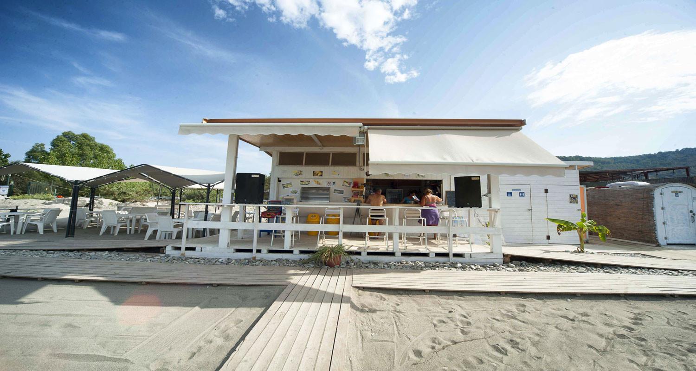 Beach-club02.jpg
