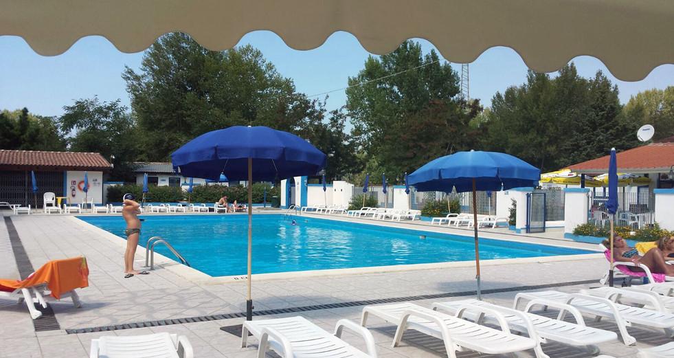 piscina-ninfe03.jpg