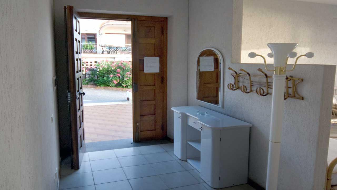 CV_Pisacane_ingresso01.jpg