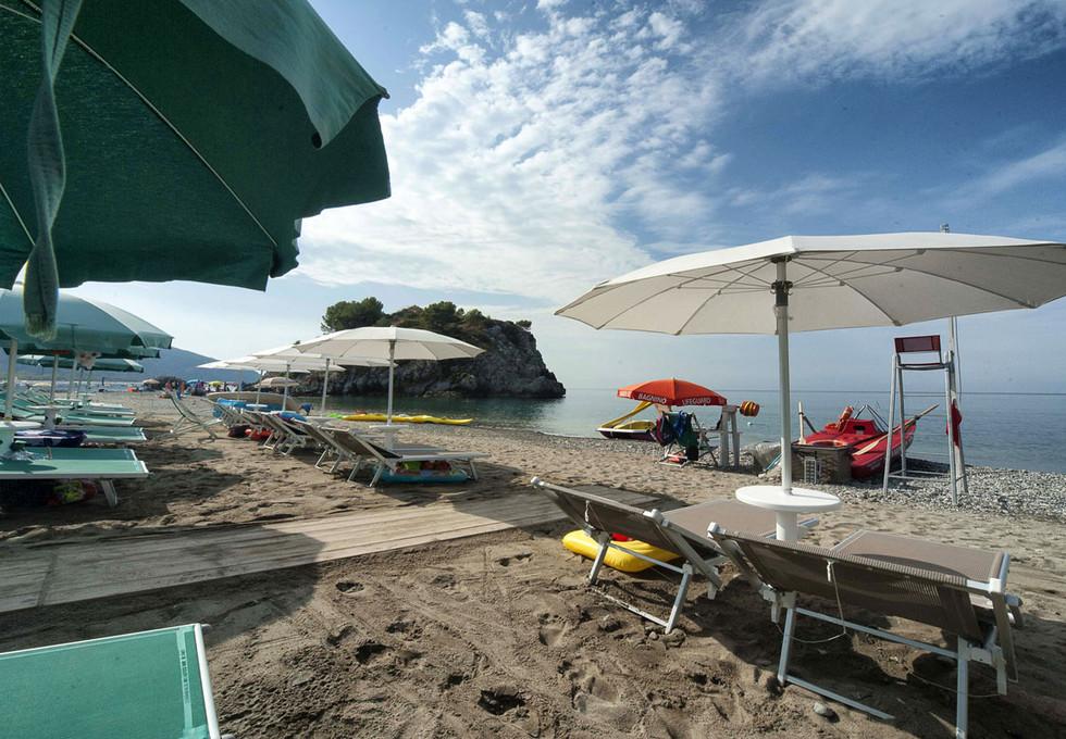 Beach-club01.jpg