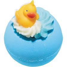 Pool Party Bath Bomb £3.25