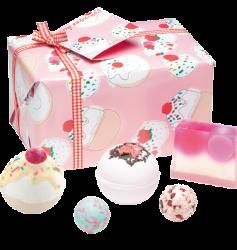 Bath Bomb Gift Box Cherry £14.99