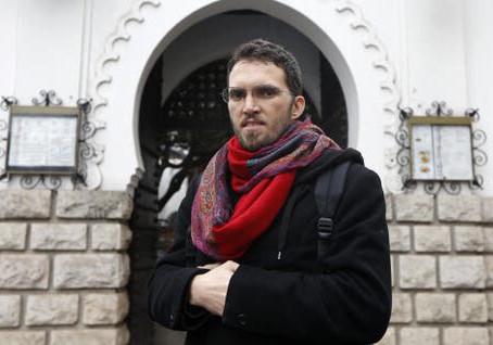 """Imán, gay y musulmán en Europa: """"El Corán no dice nada contra los homosexuales"""""""