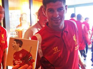 PHOTO OP: Steven Gerrard