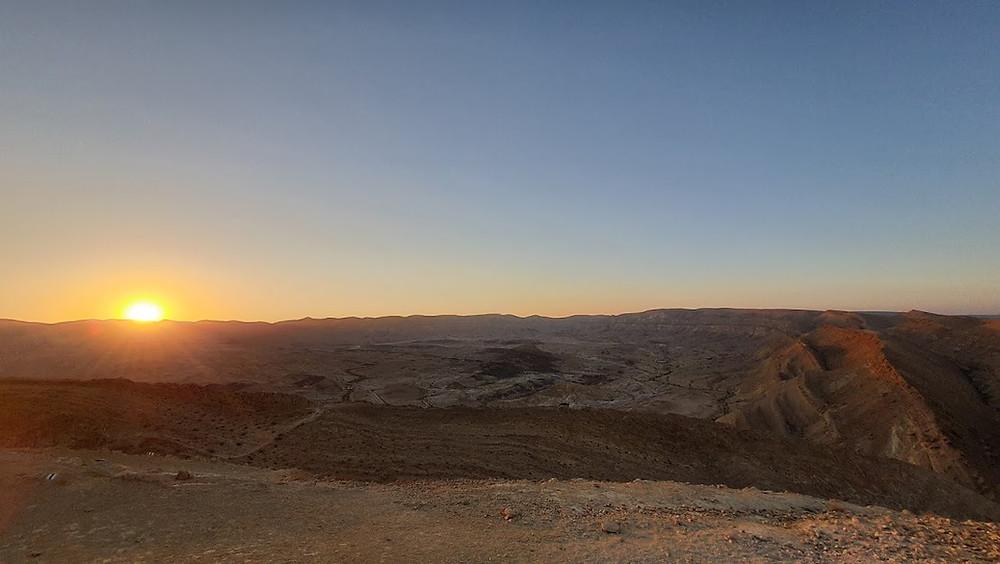 הסנפיר הקטן במכתש חתירה המכתש הגדול