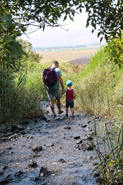 מסלול מים עם ילדים בעין דיבשה