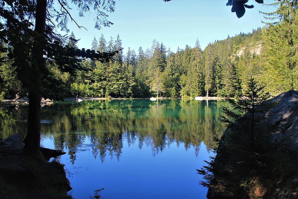 האגם הירוק באלפים הצרפתיים