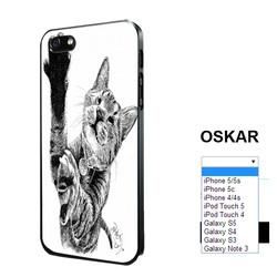 09_OSKAR-phone.jpg