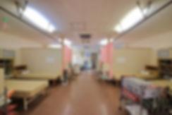 塩山整骨院施術室内観 整体 骨盤矯正 交通事故