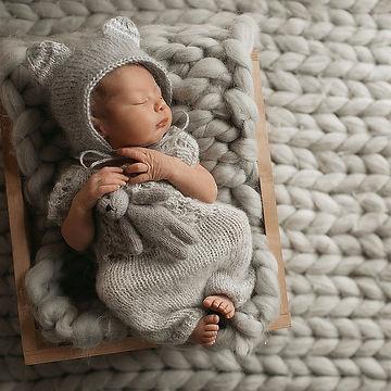 newborn photographers kerala