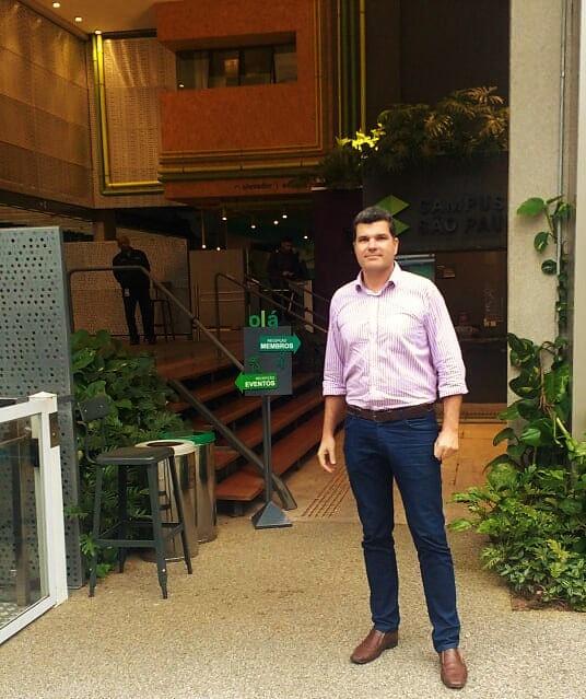 Arquiteto Fabio Rocha em visita ao Campus São Paulo.