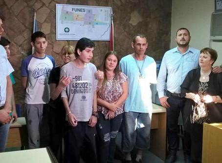ONG Sonríe Funes y Deportistas distinguidos.