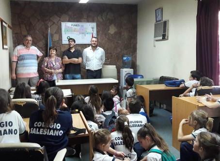 Visita de alumnos de 3º grado turno tarde del Colegio María Auxiliadora.