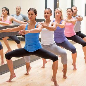 barre-workout-plie-squat.jpg