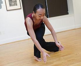 Hixon Dance presents audience interactive performance in gallery space