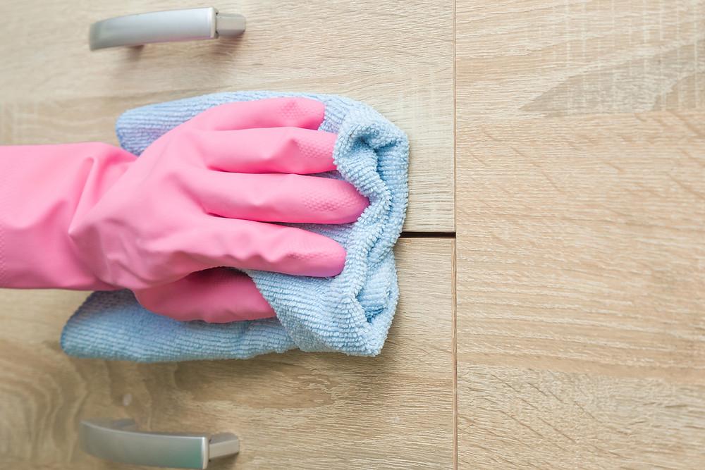 Como limpar móveis de MDF
