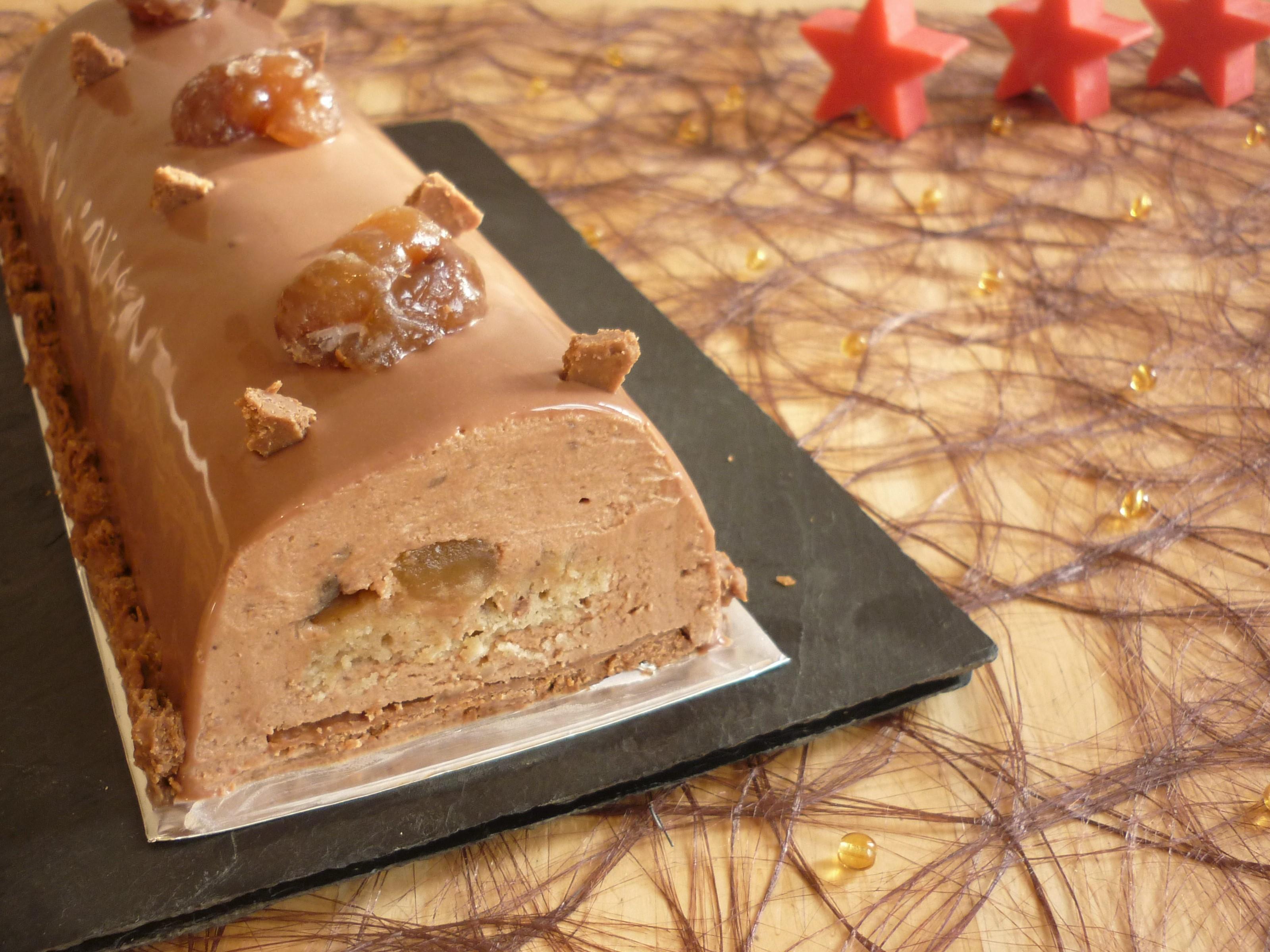 Buche marron chocolat petit beurre