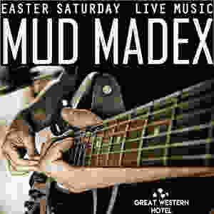Mus Madex performing live