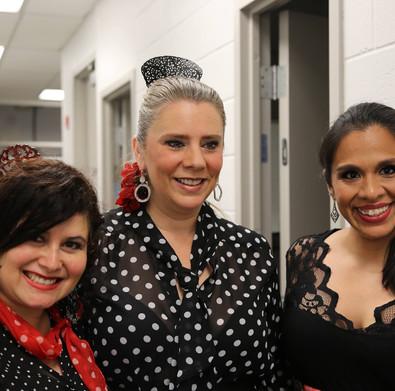 Backstage - the three Claudias