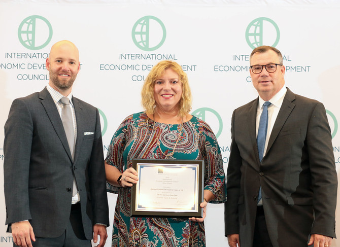 REDC Receives Excellence in Economic Development Award from the International Economic Development C