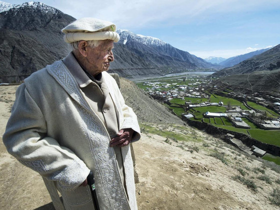 Pakistan says goodbye to Major Geoffrey Langlands, commando, headmaster and national treasure