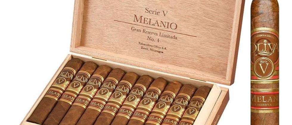 Oliva, (Serie V) Melanio, No.4, Petit Corona, (4-1/2 x 46) - Single
