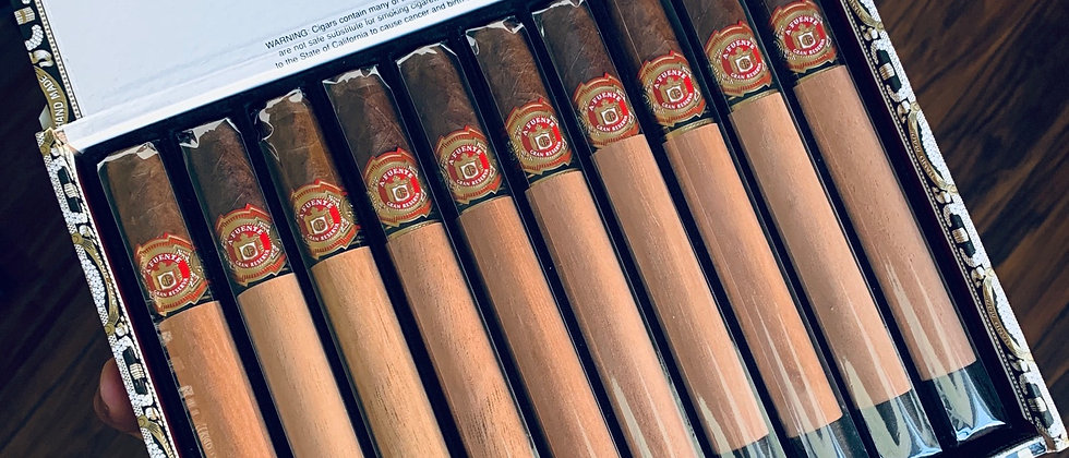 A. Fuente, Chateau Fuente, Royal Salute, SG (7 5/8 x 54) Single