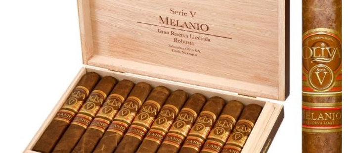 Oliva, (Serie V) Melanio, Robusto, (5 x 52) Box of 10