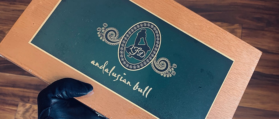 LFD Andalusian Bull Sealed Box (10)
